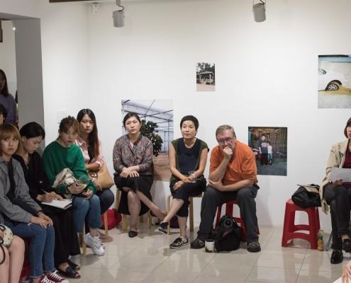 2016-lunar-growingthat-artist-talk-6-by-joo-yongseong